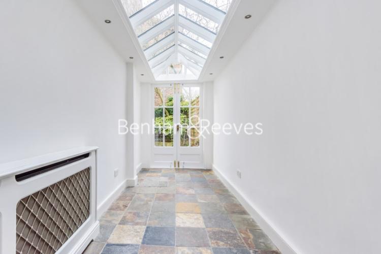 6 bedroom(s) house to rent in Glenloch Road, Hampstead, NW3-image 12