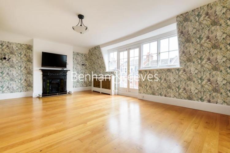 6 bedroom(s) house to rent in Glenloch Road, Hampstead, NW3-image 17