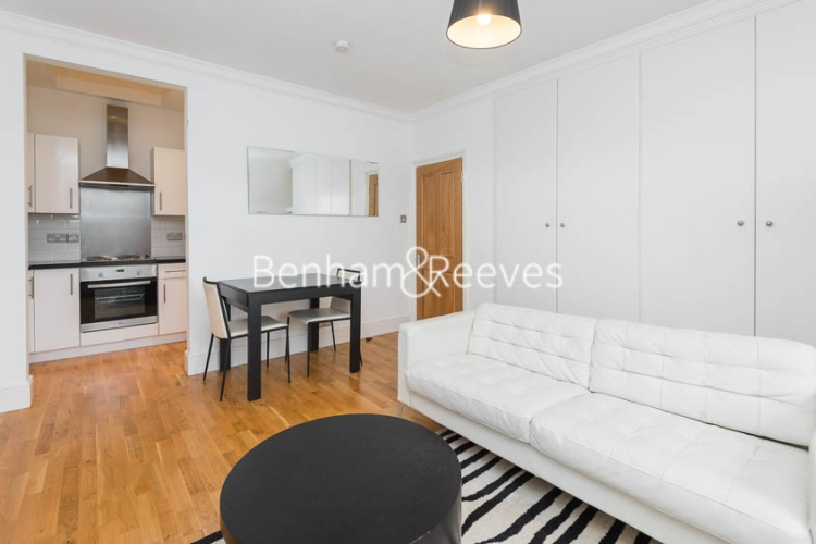 1 bedroom(s) flat to rent in Sutherland Ave, Maida Vale, W9-image 1
