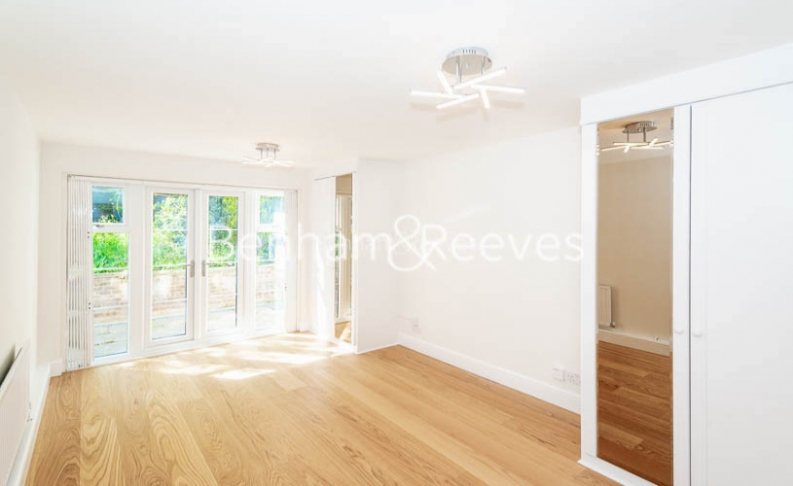 3 bedroom(s) flat to rent in Parkhill Road, Belsize Park, NW3-image 6