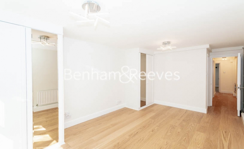3 bedroom(s) flat to rent in Parkhill Road, Belsize Park, NW3-image 8