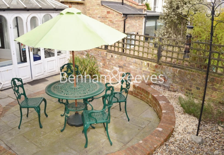 1 bedroom(s) flat to rent in Willow Road, Hampstead, NW3-image 7
