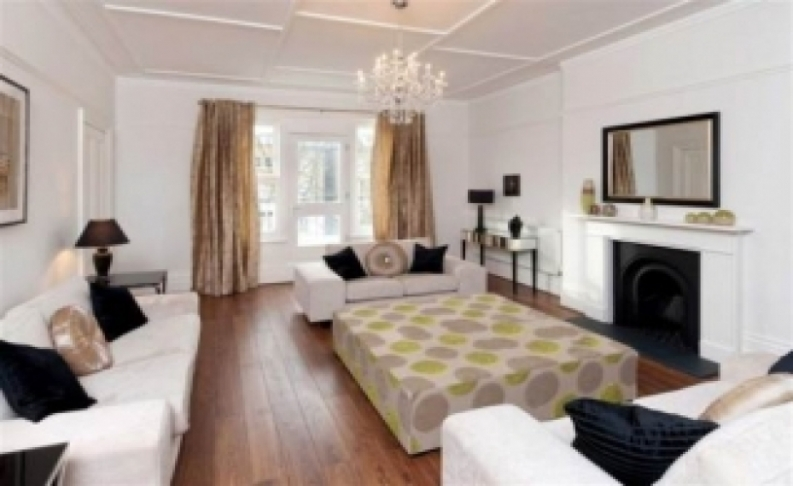 4 bedroom(s) flat to rent in Belsize Square, Hampstead, NW3-image 1