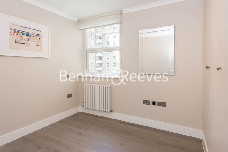 3 bedroom(s) flat to rent in Boydell Court, Hampstead, NW8-image 11