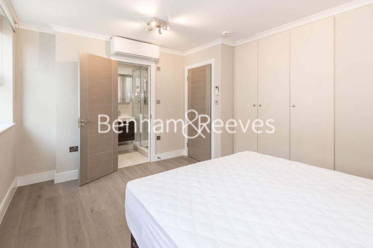 3 bedroom(s) flat to rent in Boydell Court, Hampstead, NW8-image 12
