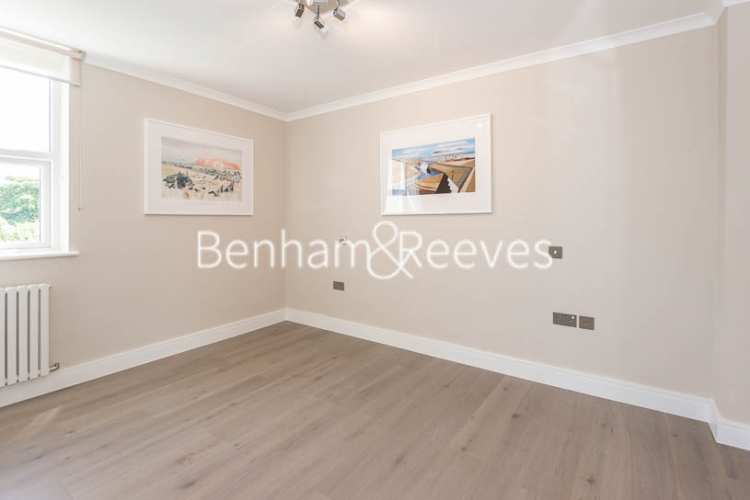 3 bedroom(s) flat to rent in Boydell Court, Hampstead, NW8-image 14