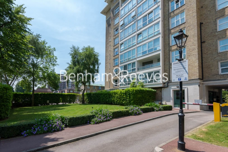 3 bedroom(s) flat to rent in Boydell Court, Hampstead, NW8-image 15