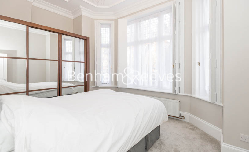 1 bedroom(s) flat to rent in Chesterford Gardens, Hampstead, NW3-image 3