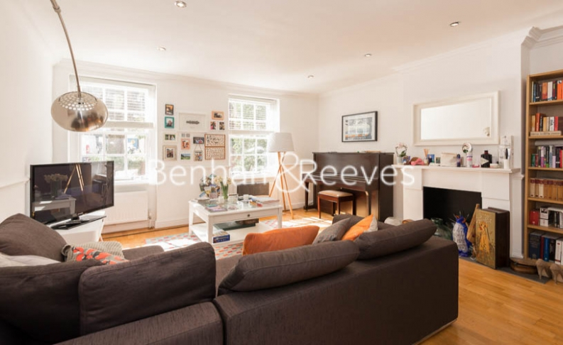 2 bedroom(s) flat to rent in Hogarth Court, North End Road, NW3-image 6