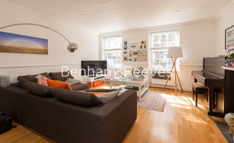 2 bedroom(s) flat to rent in Hogarth Court, North End Road, NW3-image 9