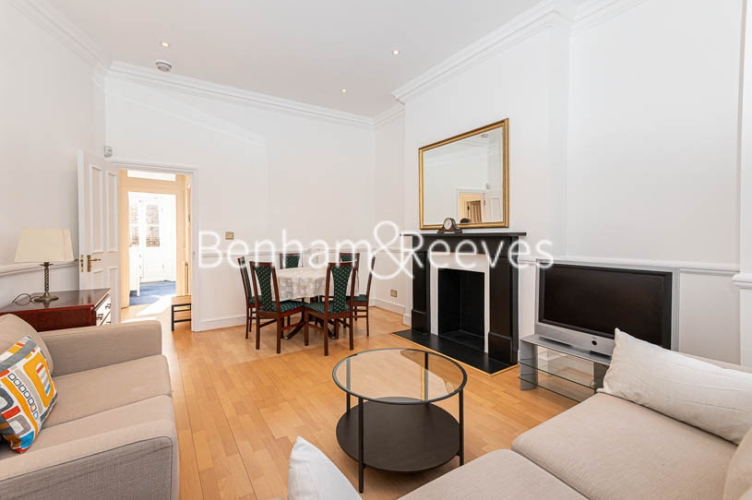 2 bedroom(s) flat to rent in Lyndhurst Road, Hampstead, NW3-image 1