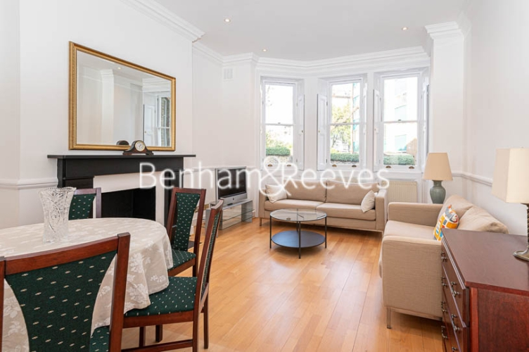 2 bedroom(s) flat to rent in Lyndhurst Road, Hampstead, NW3-image 3