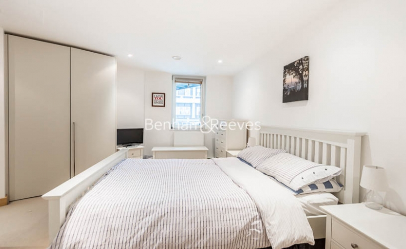1 bedroom(s) flat to rent in Pond Street, Hampstead, NW3-image 2