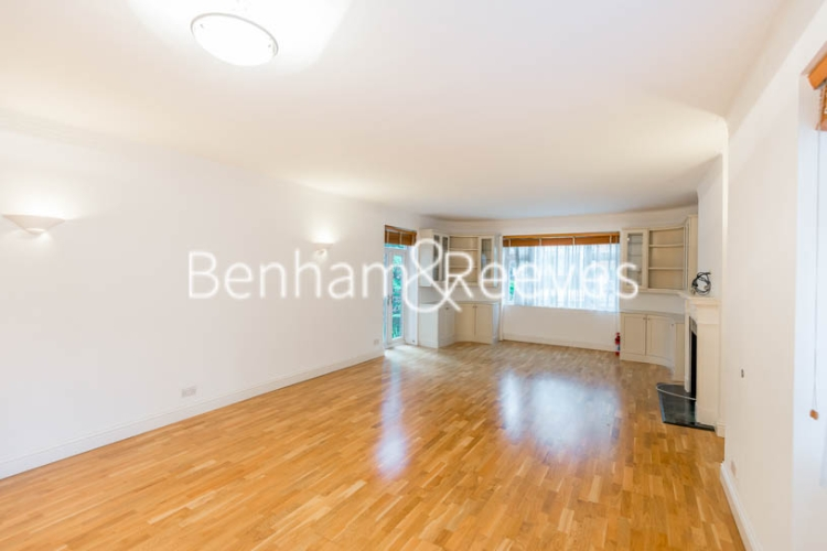 3 bedroom(s) flat to rent in Avenue Road, St John's Wood, NW8-image 1