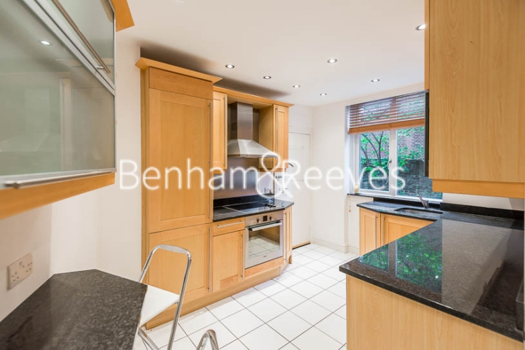 3 bedroom(s) flat to rent in Avenue Road, St John's Wood, NW8-image 2