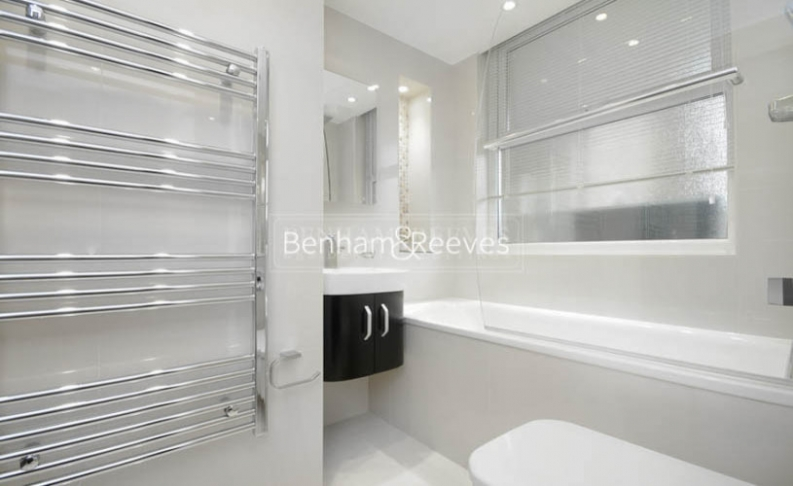 3 bedroom(s) flat to rent in Boydell Court, St. John's Wood Park, NW8-image 9
