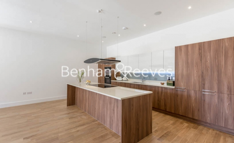 4 bedroom(s) flat to rent in Finchley Road, Golders Green, NW11-image 2