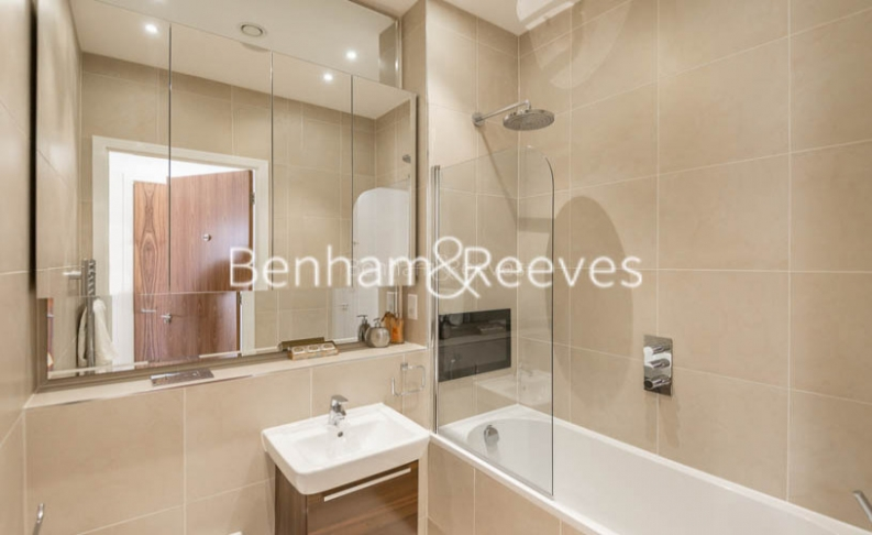 4 bedroom(s) flat to rent in Finchley Road, Golders Green, NW11-image 13