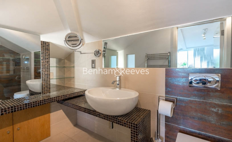 3 bedroom(s) flat to rent in Goldhurst Terrace, South Hampstead, NW6-image 4