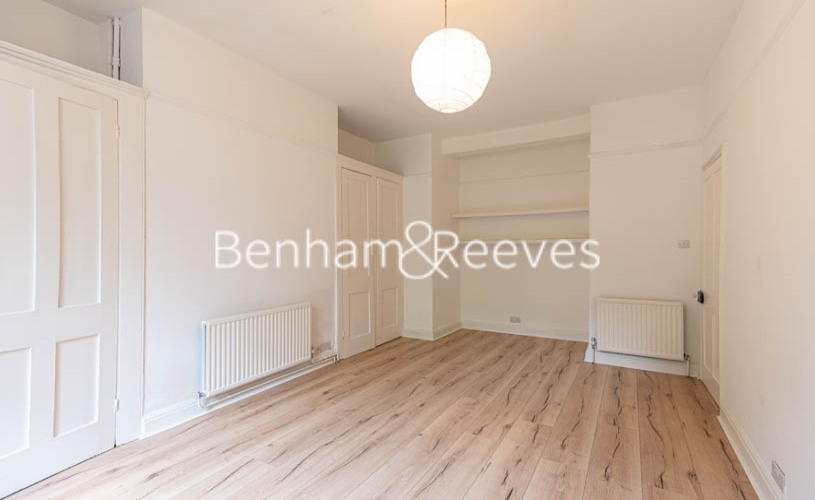 1 bedroom(s) flat to rent in South Hill Park, Hampstead Heath, NW3-image 3