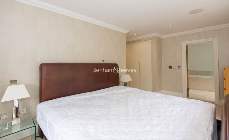 3 bedroom(s) flat to rent in Hampstead Way, Golders Green, NW11-image 7