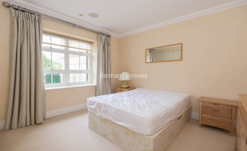 3 bedroom(s) flat to rent in Hampstead Way, Golders Green, NW11-image 11