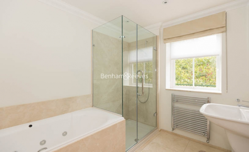 3 bedroom(s) flat to rent in Hampstead Way, Golders Green, NW11-image 17