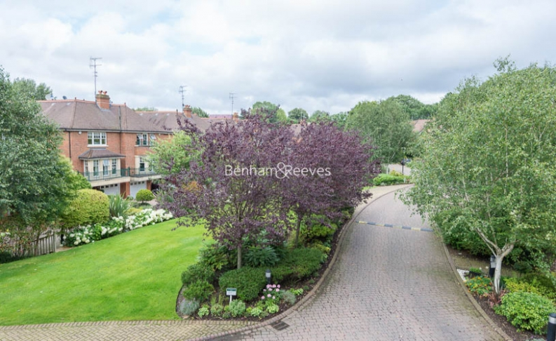 3 bedroom(s) flat to rent in Hampstead Way, Golders Green, NW11-image 18