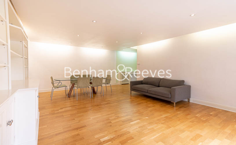 3 bedroom(s) flat to rent in St. John's Wood Park, St. John's Wood, NW8-image 1