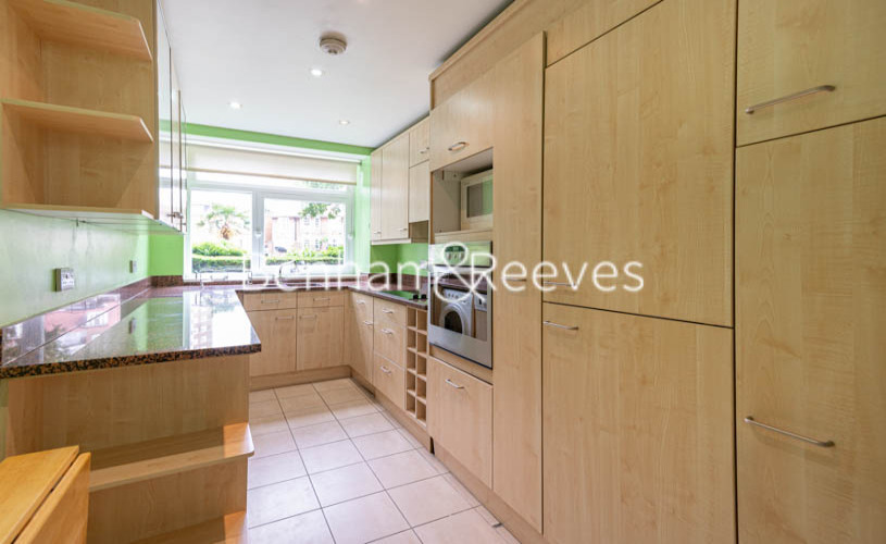 3 bedroom(s) flat to rent in St. John's Wood Park, St. John's Wood, NW8-image 2