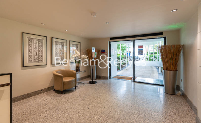 3 bedroom(s) flat to rent in St. John's Wood Park, St. John's Wood, NW8-image 7