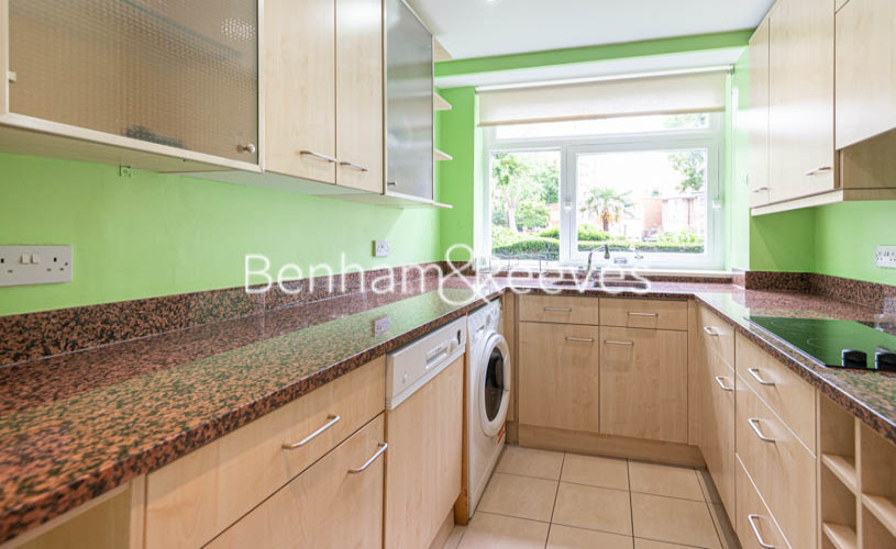 3 bedroom(s) flat to rent in St. John's Wood Park, St. John's Wood, NW8-image 11