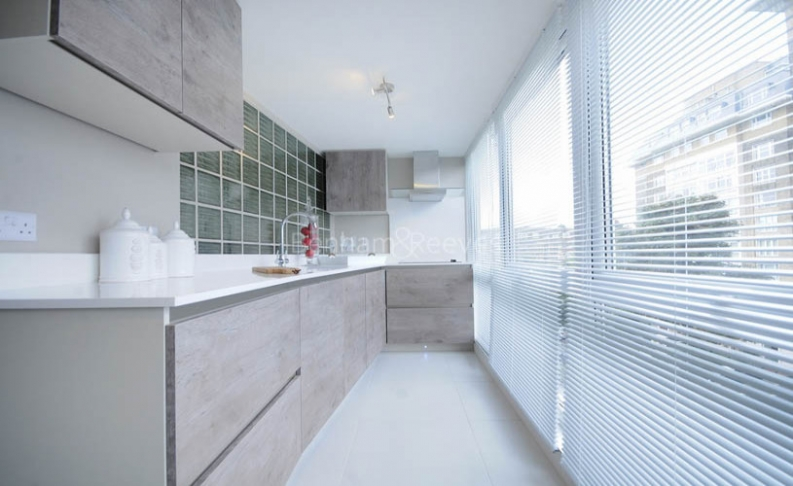 3 bedroom(s) flat to rent in Boydell Court, St John's Wood, NW8-image 2