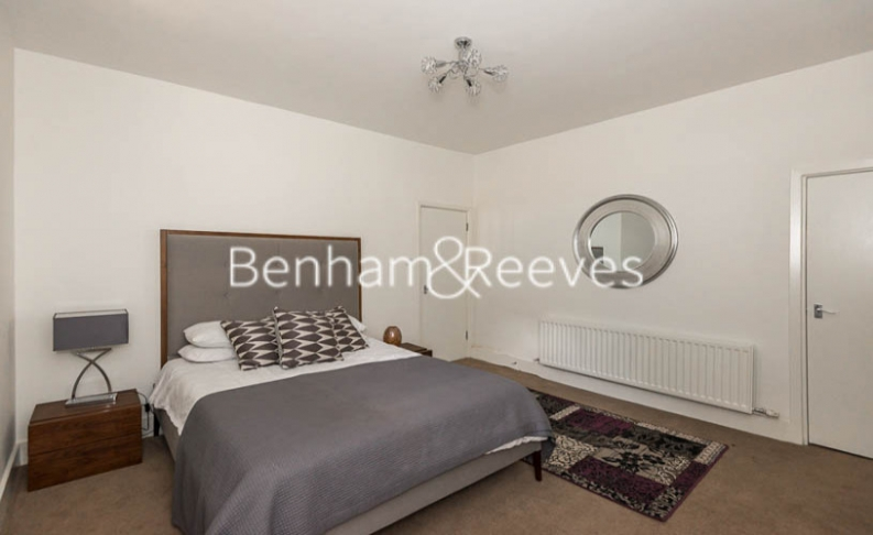1 bedroom(s) flat to rent in Finchley Road, Hampstead, NW8-image 2