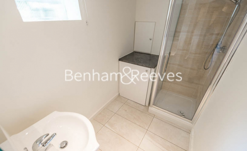 1 bedroom(s) flat to rent in Finchley Road, Hampstead, NW8-image 3