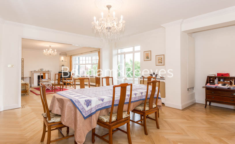 4 bedroom(s) flat to rent in Eton Court, Hampstead, NW3-image 9