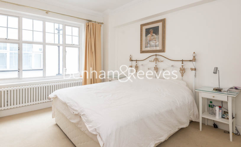4 bedroom(s) flat to rent in Eton Court, Hampstead, NW3-image 11