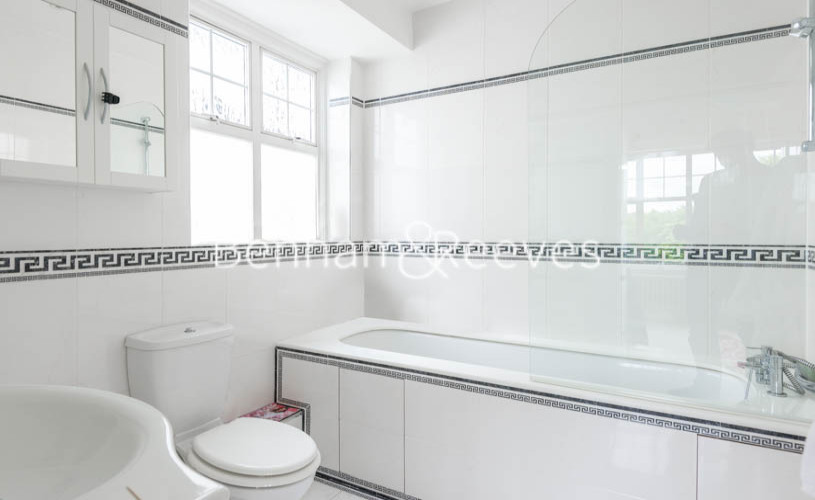 4 bedroom(s) flat to rent in Eton Court, Hampstead, NW3-image 12