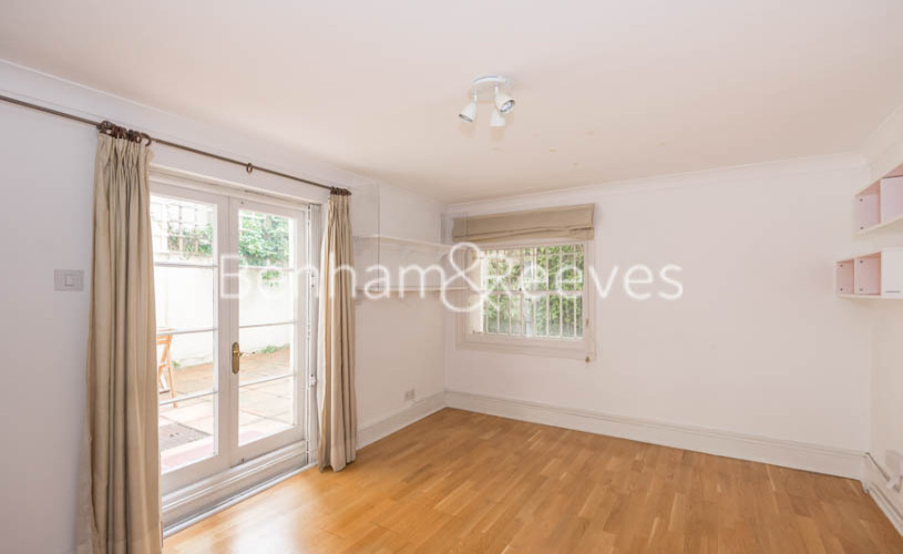 3 bedroom(s) flat to rent in Belsize Park, Hampstead, NW3-image 6