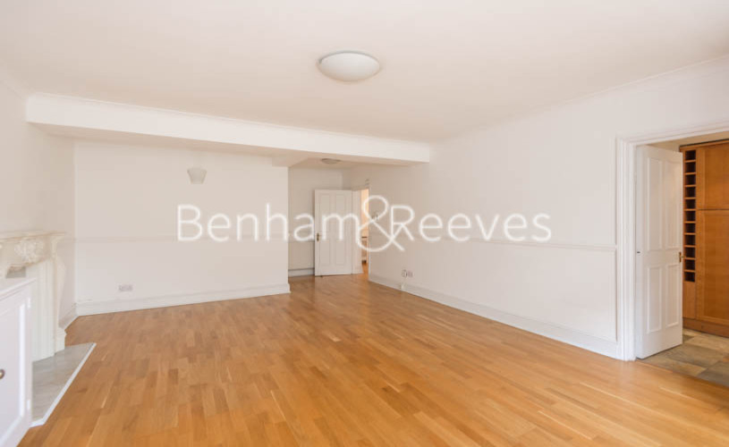 3 bedroom(s) flat to rent in Belsize Park, Hampstead, NW3-image 8