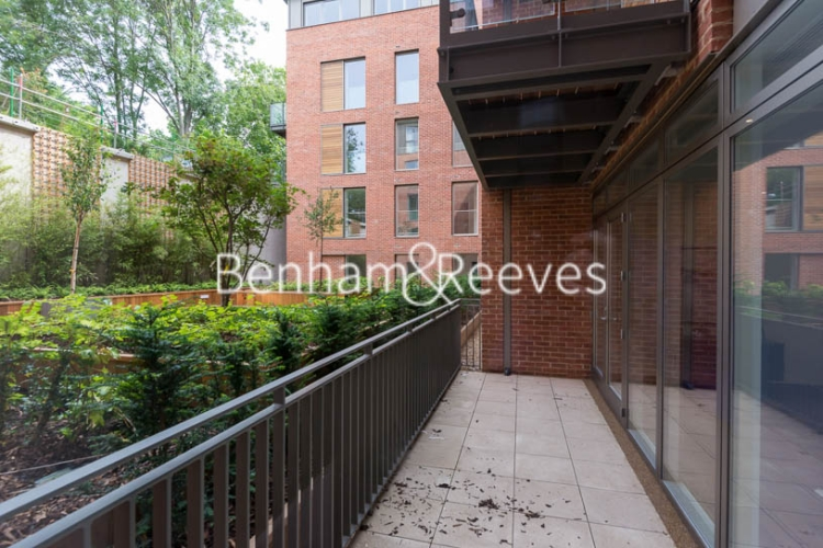 3 bedroom(s) flat to rent in Maygrove Road, West Hampstead, NW6-image 6