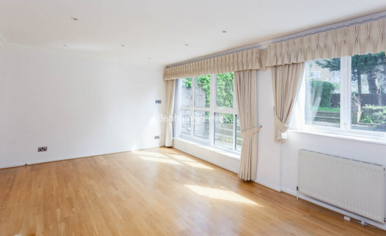 4 bedroom(s) house to rent in Loudoun Road, St John's Wood, NW8-image 1