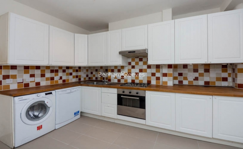 2 bedroom(s) house to rent in Christchurch Hill, Hampstead Village, NW3-image 2