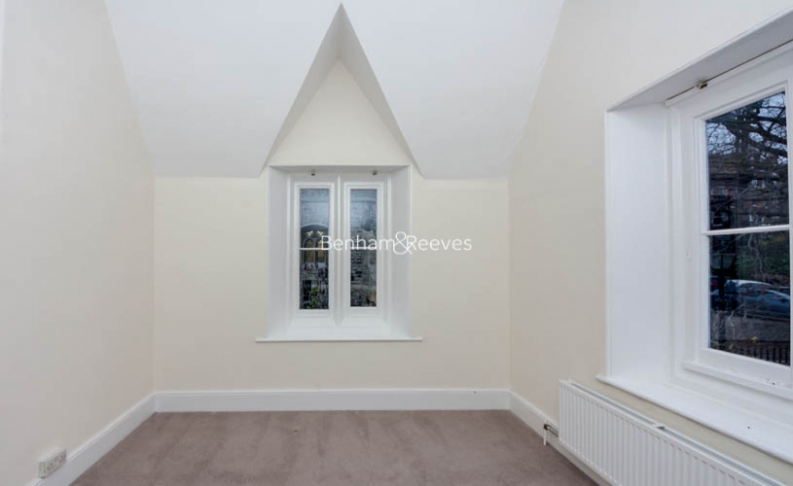 2 bedroom(s) house to rent in Christchurch Hill, Hampstead Village, NW3-image 4