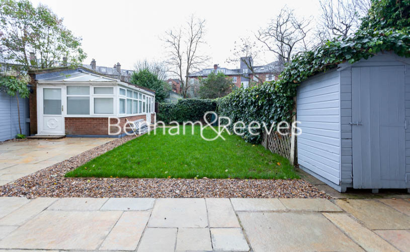 3 bedroom(s) flat to rent in Buckland Crescent, Belsize Park, NW3-image 6