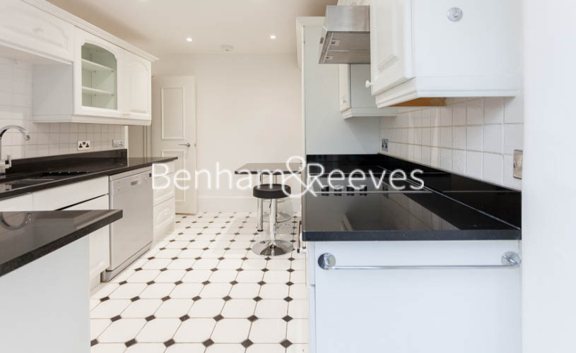 3 bedroom(s) flat to rent in Buckland Crescent, Belsize Park, NW3-image 7