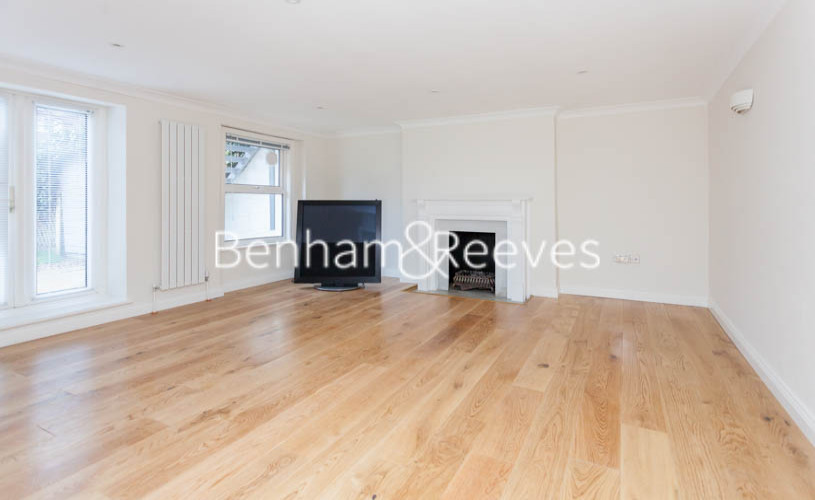 3 bedroom(s) flat to rent in Buckland Crescent, Belsize Park, NW3-image 8