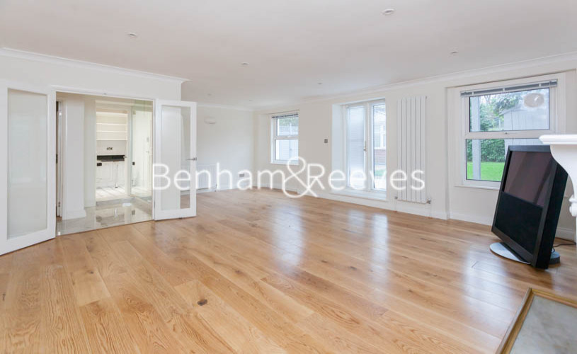 3 bedroom(s) flat to rent in Buckland Crescent, Belsize Park, NW3-image 10