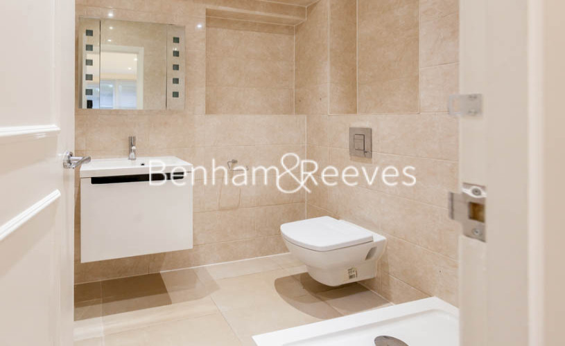 3 bedroom(s) flat to rent in Buckland Crescent, Belsize Park, NW3-image 12