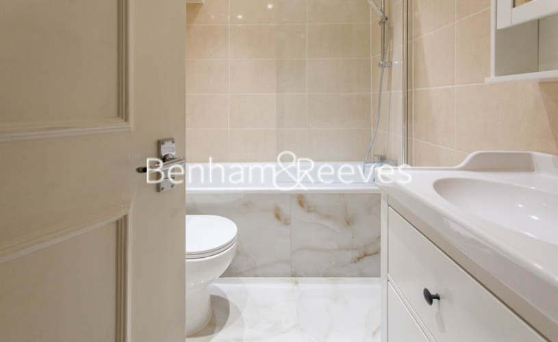 3 bedroom(s) flat to rent in Buckland Crescent, Belsize Park, NW3-image 14
